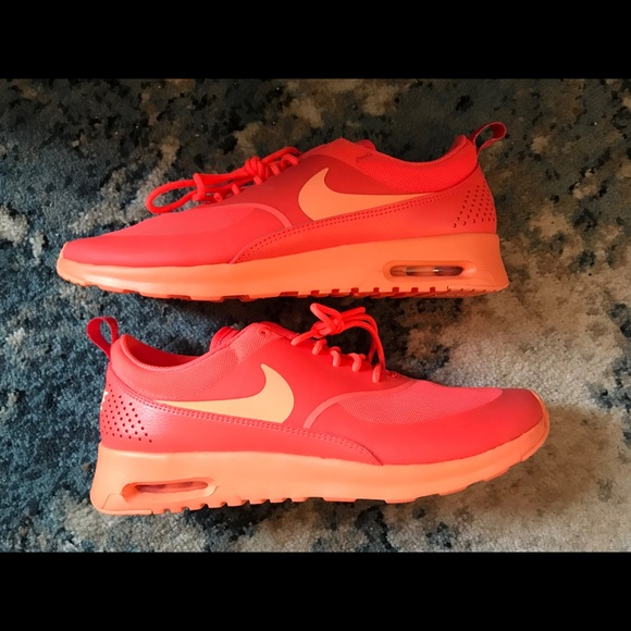 best cheap 3fdca 2e1b3 Nike Air Max Thea Hot Lava Orange Shoes Women s 10